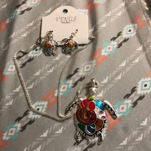 Jewelry - 🌸3 for $10 Turtle necklace set